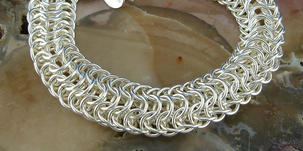 Learn to make chainmaille